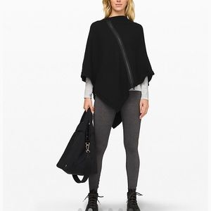 Black Lululemon On The Go Poncho  - EUC